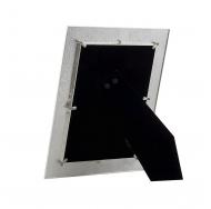 Белая металлическая фоторамка 15х20 с жемчугом и стразами